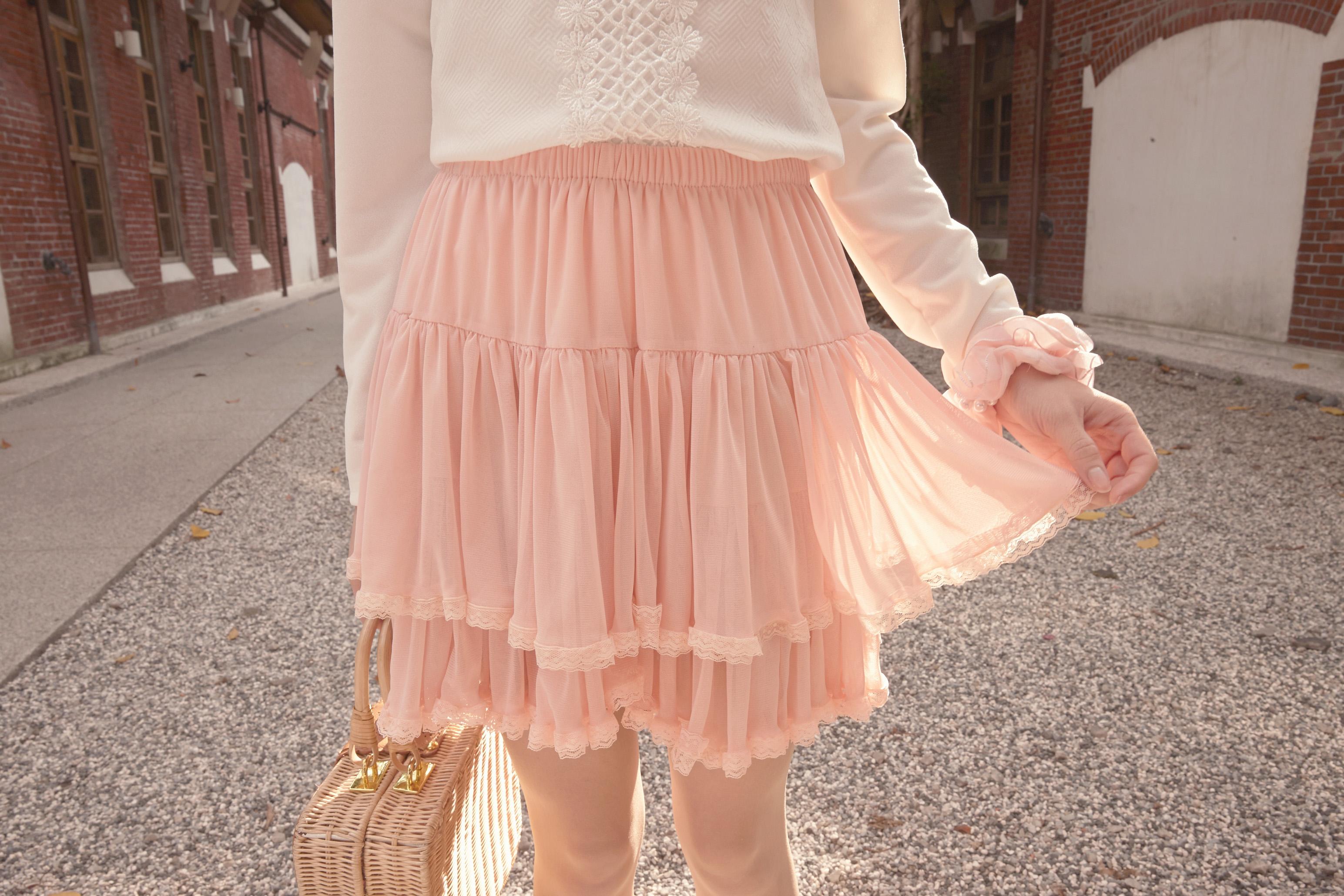 YOCO Womens Layered Chiffon Skirt With Lace Trim Japanese/Korean Fashion